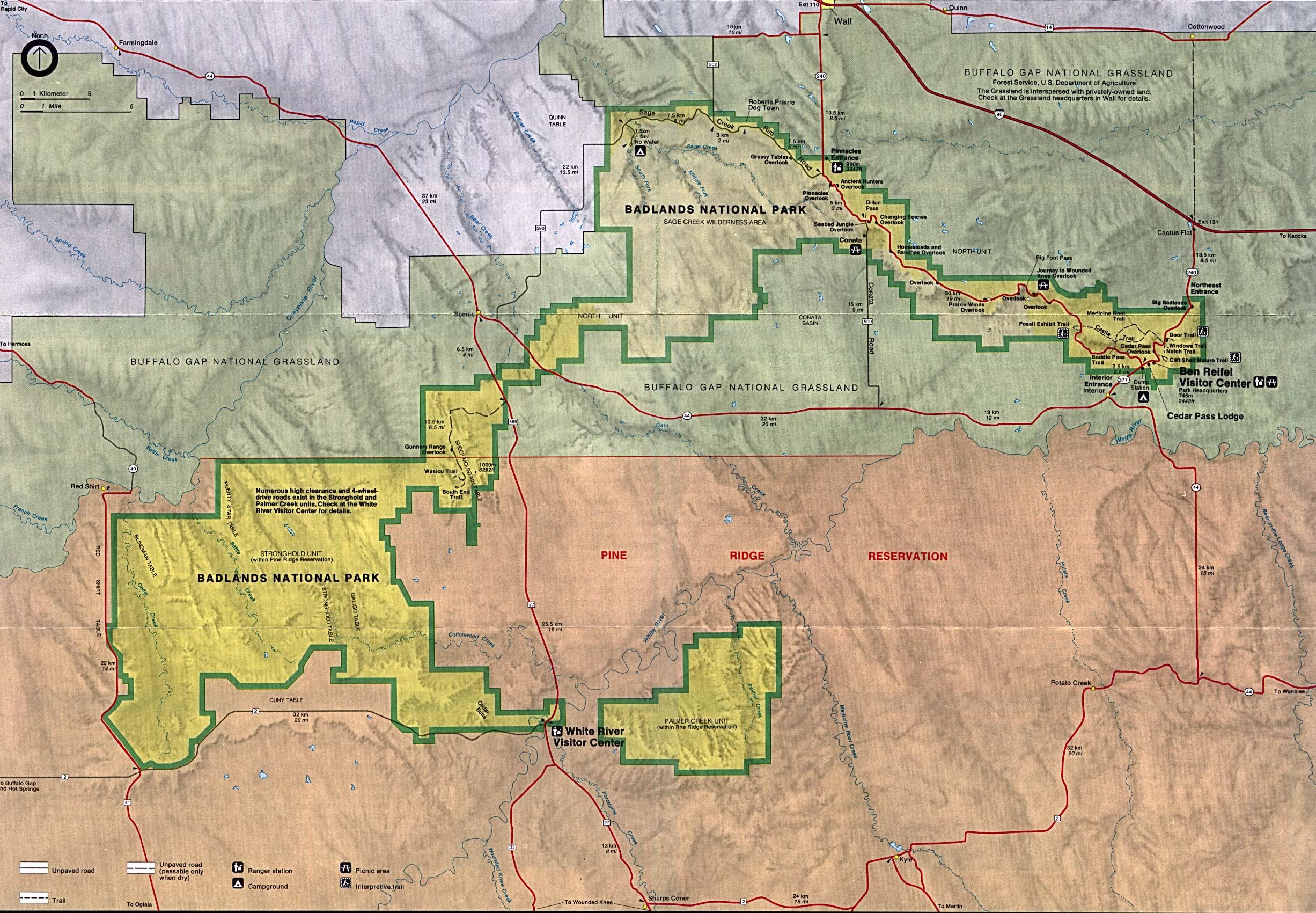 Maps of United States National Parks, Monuments and Historic Sites Badlands National Park [South Dakota] (Park Map) 1995 (911K)
